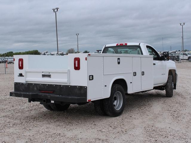 Standard Service Body on GM (Chevrolet)