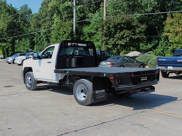 PGNB Gooseneck on a GM (Chevrolet)